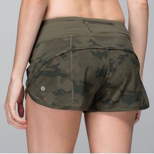 Lululemon 🍋 Green Camouflage Speed Shorts